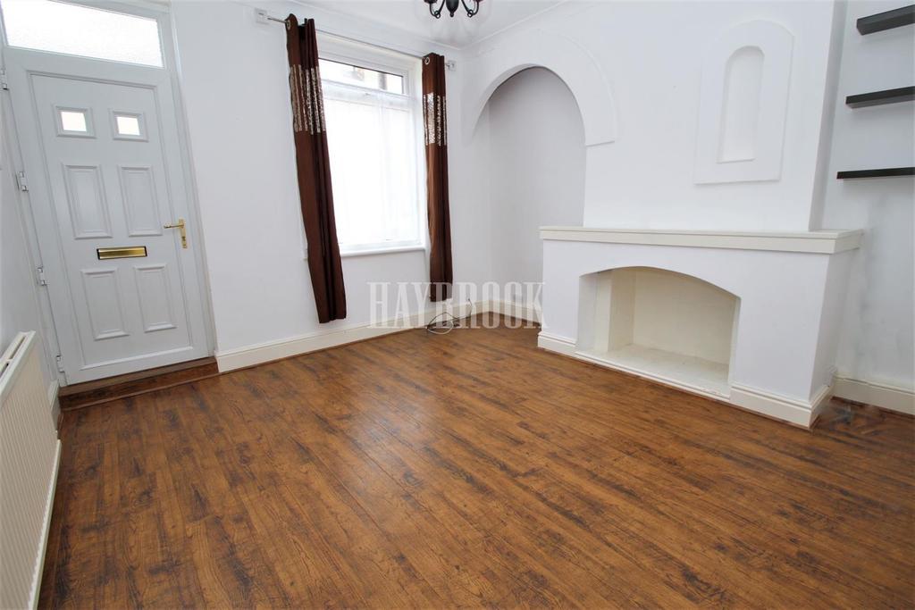 3 Bedrooms Terraced House for sale in Sandymount Road, Wath upon Dearne
