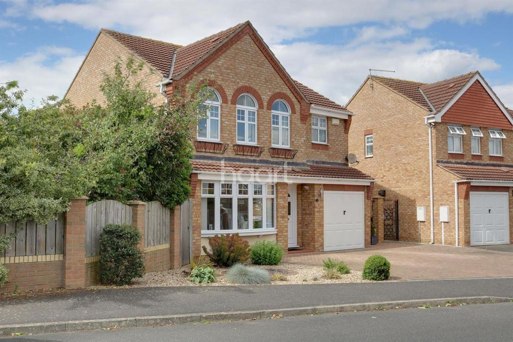 4 Bedrooms Detached House for sale in Westcroft Drive, Saxilby
