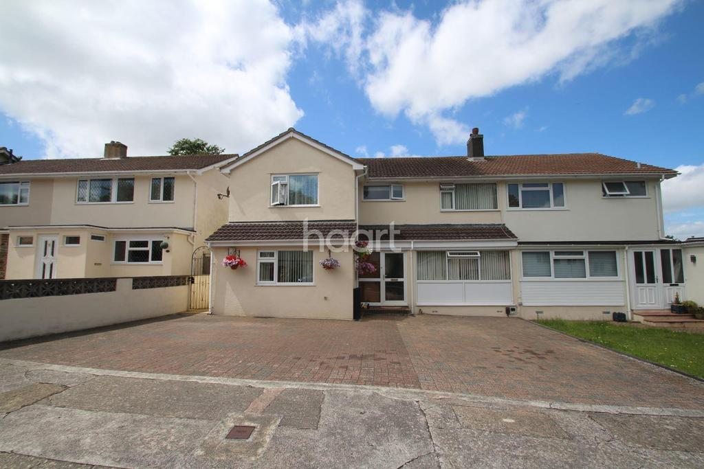 4 Bedrooms Semi Detached House for sale in Fletcher Close, Torquay