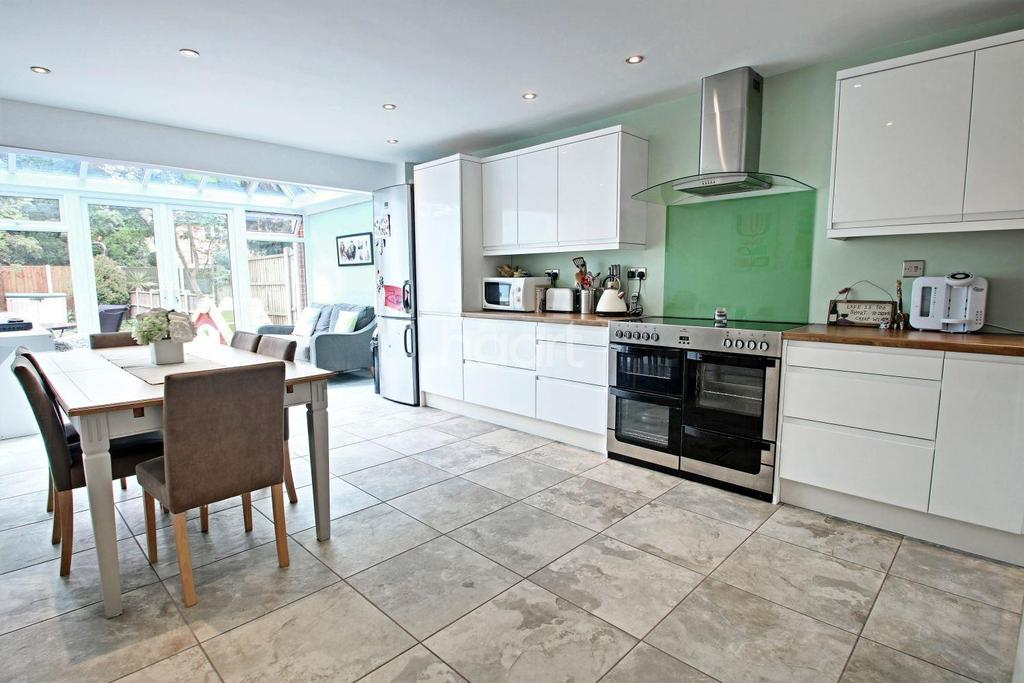 3 Bedrooms Terraced House for sale in OSBORNE ROAD