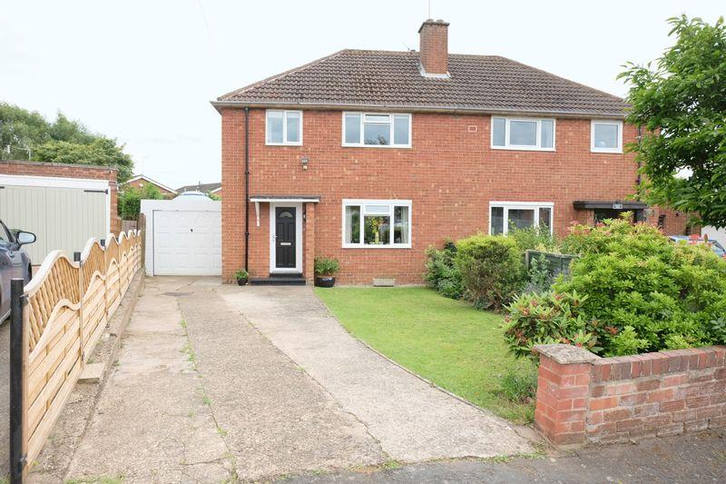 3 Bedrooms Semi Detached House for sale in Mostyn Road, Stourport-On-Severn DY13 8PN