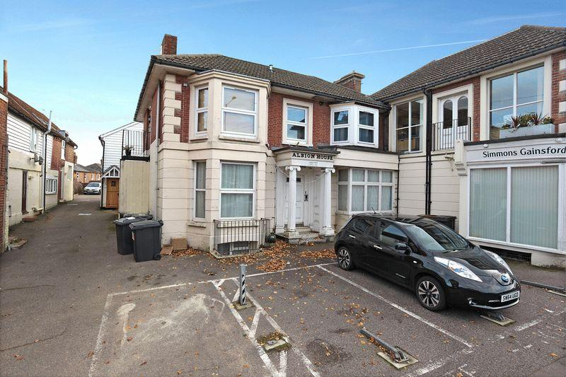 1 Bedroom Apartment Flat for sale in New Town, Uckfield, East Sussex