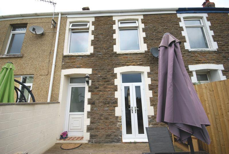 3 Bedrooms Terraced House for sale in 7 Newall Road, Skewen, Neath, SA10 6ST