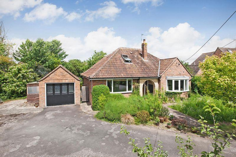 3 Bedrooms Detached House for sale in STAPLEGROVE VILLAGE