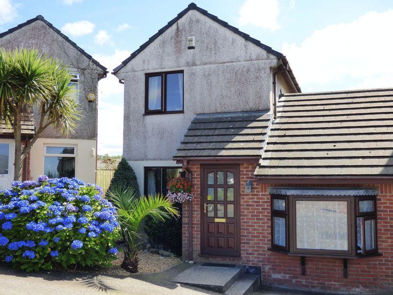 3 Bedrooms Link Detached House for sale in Kingsley Court, Fraddon