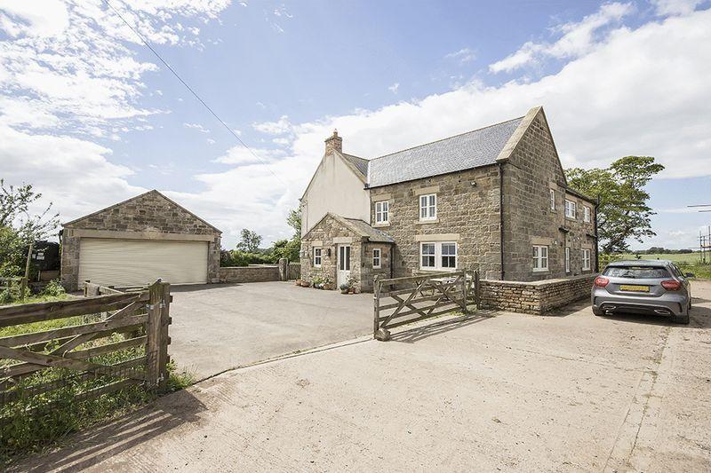6 Bedrooms Detached House for sale in Bonas Hil Farmhouse, Ogle, Ponteland