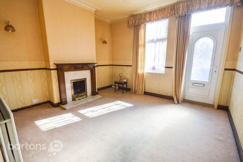 3 Bedrooms Terraced House for sale in St Johns Road, Rotherham