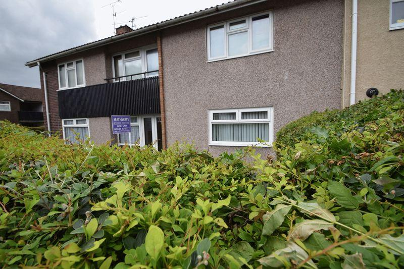 2 Bedrooms Ground Flat for sale in Kidwelly Road, Llanyravon, Cwmbran