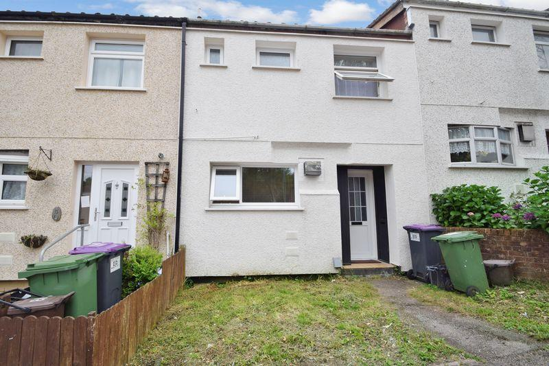 3 Bedrooms Terraced House for sale in Stour Court, Thornhill