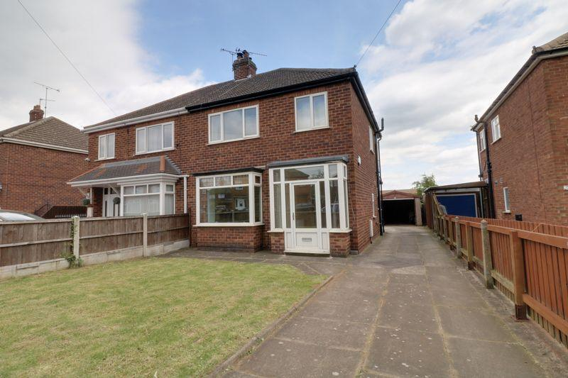 3 Bedrooms Semi Detached House for sale in Baysdale Road, Scunthorpe
