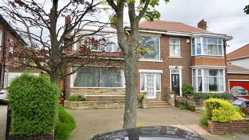 3 Bedrooms Semi Detached House for sale in COAST ROAD Cochrane Park Estate