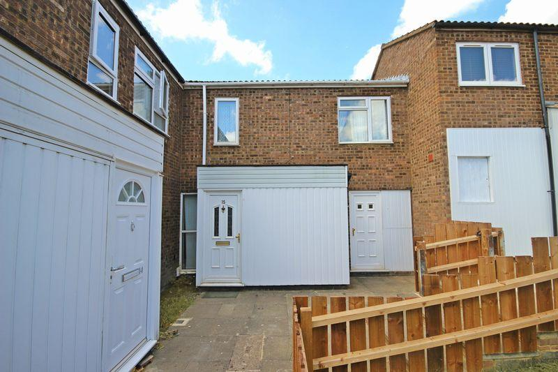 3 Bedrooms Terraced House for sale in Butterworth Path, Luton