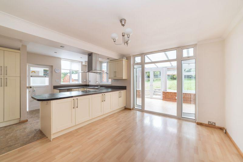 3 Bedrooms Detached House for sale in Lybury Lane, Redbourn