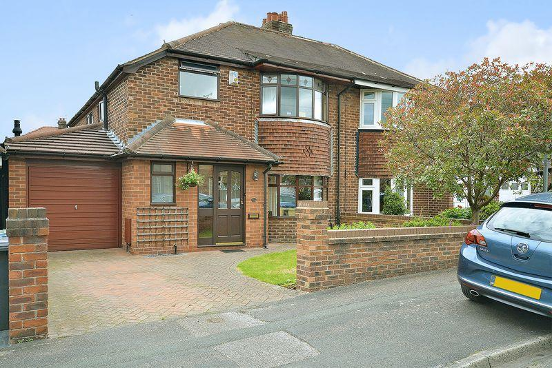 4 Bedrooms Semi Detached House for sale in Victoria Avenue, Grappenhall, Warrington