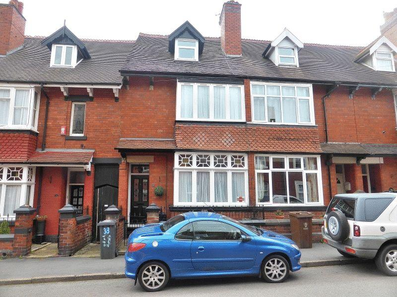4 Bedrooms Terraced House for sale in Osborne Street, Leek