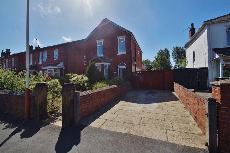 3 Bedrooms Detached House for sale in Clifford Road, Birkdale