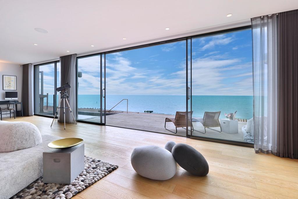 4 Bedrooms Villa House for sale in Western Esplanade, Brighton, BN3