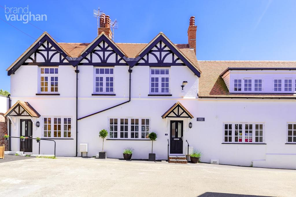 3 Bedrooms Terraced House for sale in High Street, Seaford, BN25