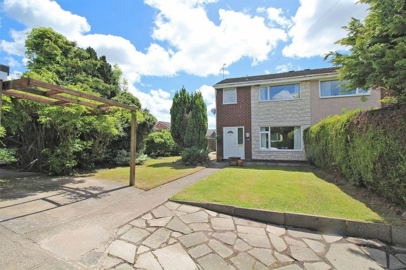 3 Bedrooms Semi Detached House for sale in Lodgevale Park, Chirk