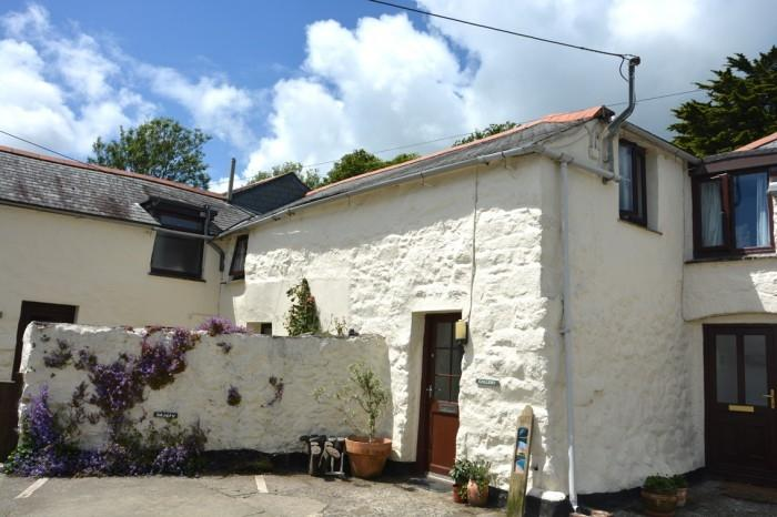 3 Bedrooms Barn Conversion Character Property for sale in GALLERY COTTAGE, POLCOVERACK, COVERACK, TR12