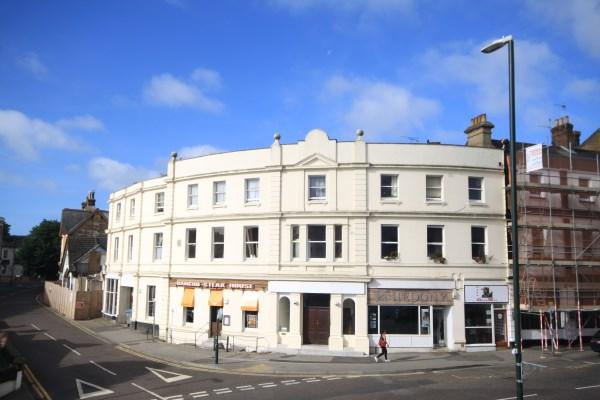 2 Bedrooms Apartment Flat for sale in Poole Hill, Bournemouth