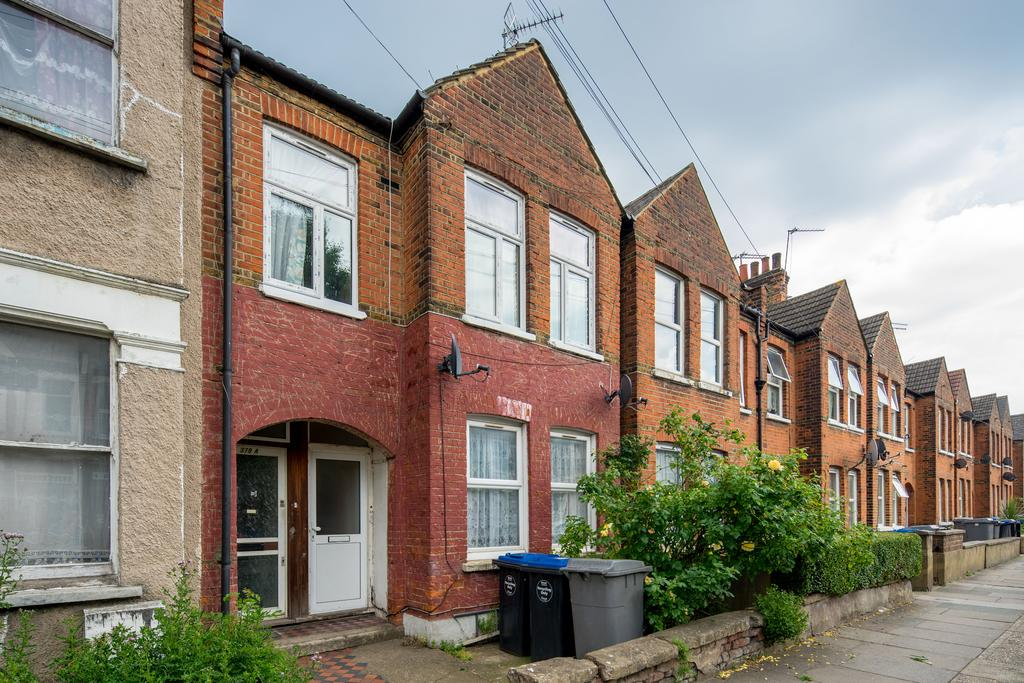 2 Bedrooms Flat for sale in Chapter Road, Dollis Hill