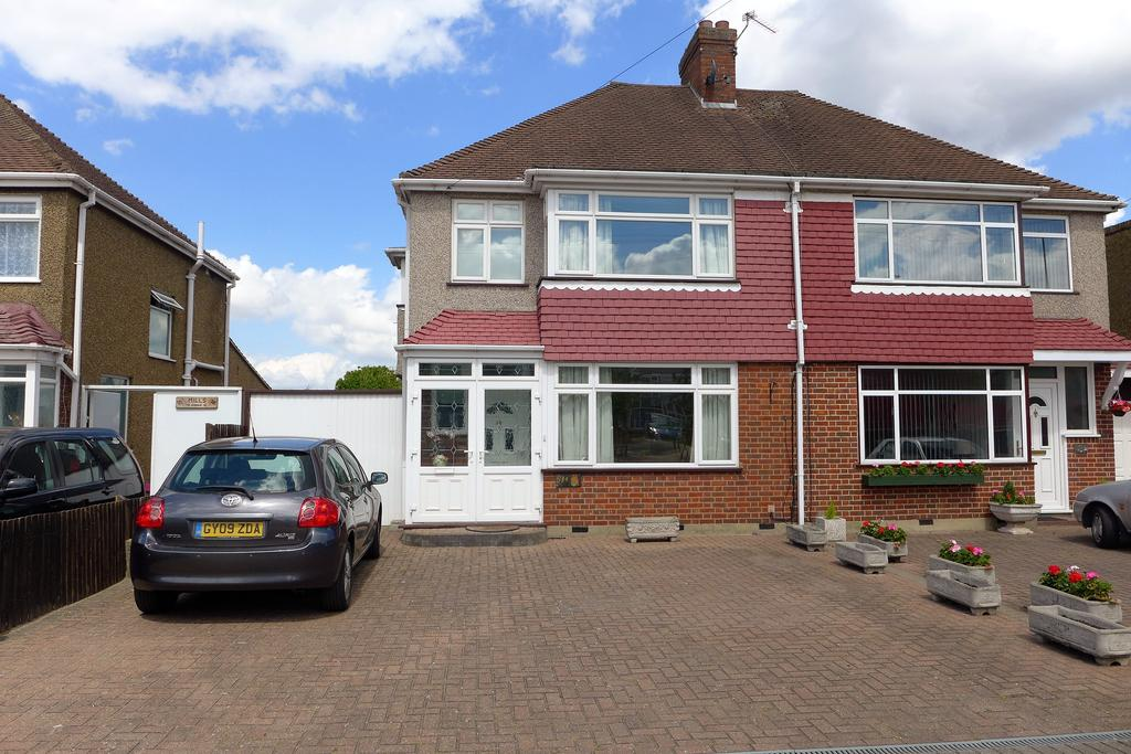 3 Bedrooms Semi Detached House for sale in Uxbridge Road, Feltham