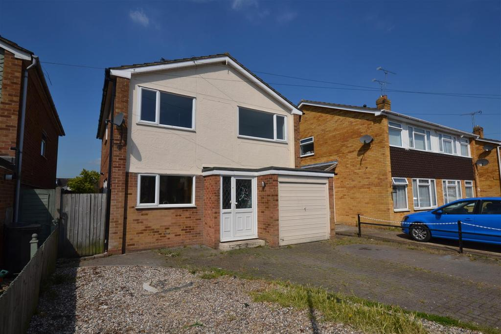 4 Bedrooms House for sale in Bramley Way, Mayland, Chelmsford