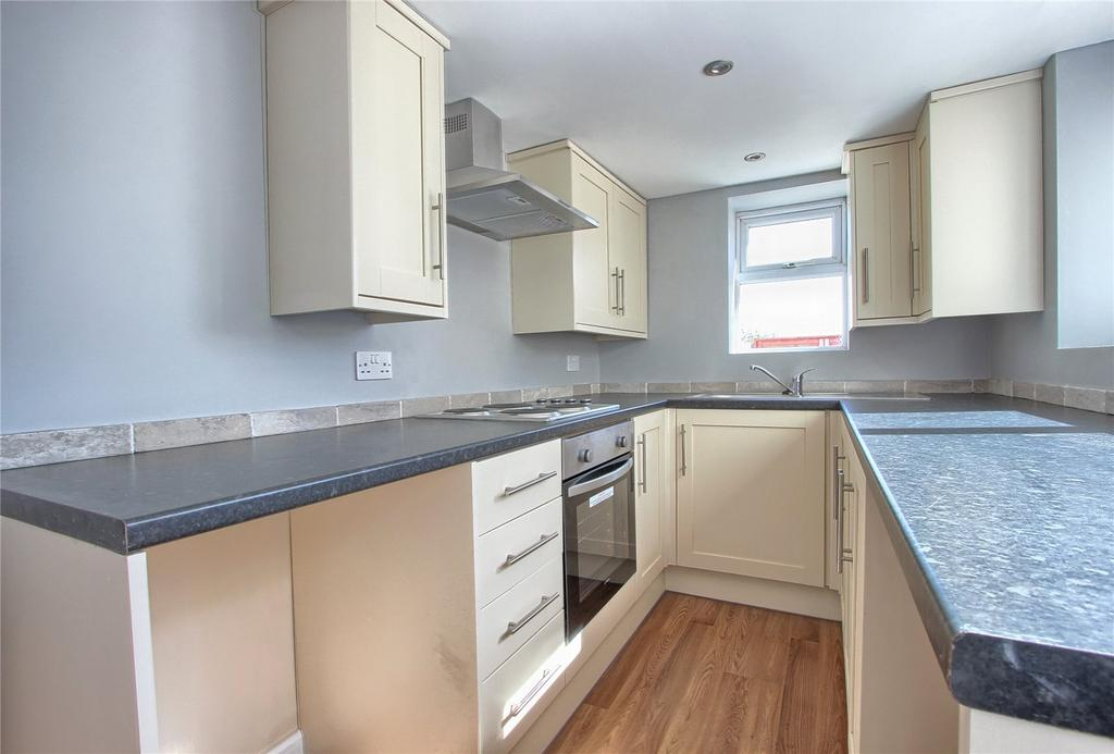 3 Bedrooms Terraced House for sale in York Road, Redcar