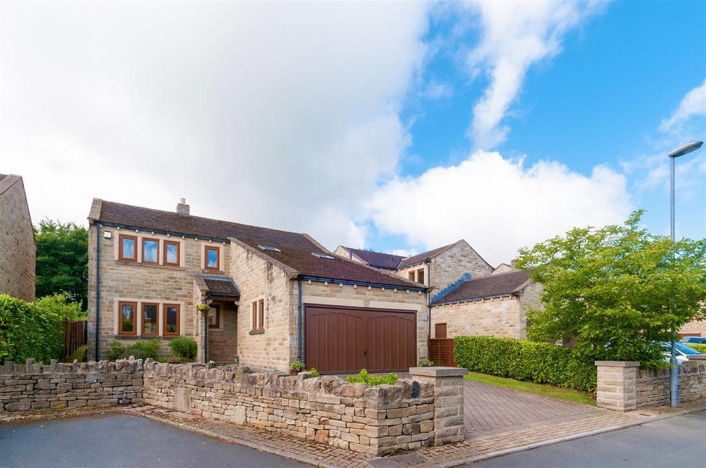 4 Bedrooms Detached House for sale in Woodside Lodge, Kirkburton, Huddersfield, HD8 0PD