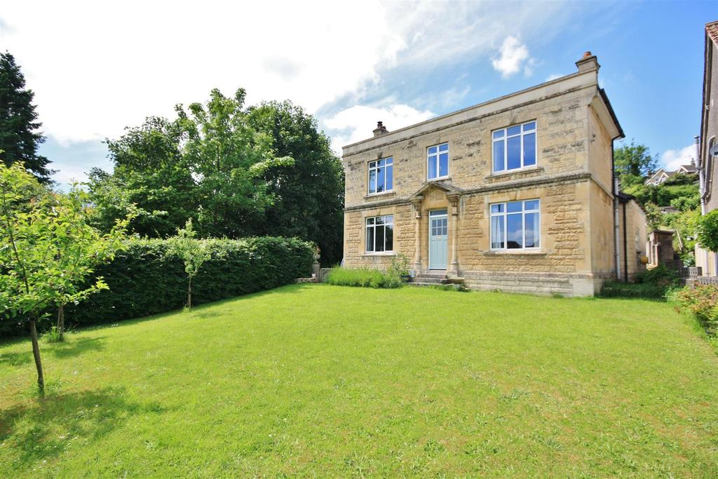 4 Bedrooms Detached House for sale in Frome Road, Bradford-On-Avon