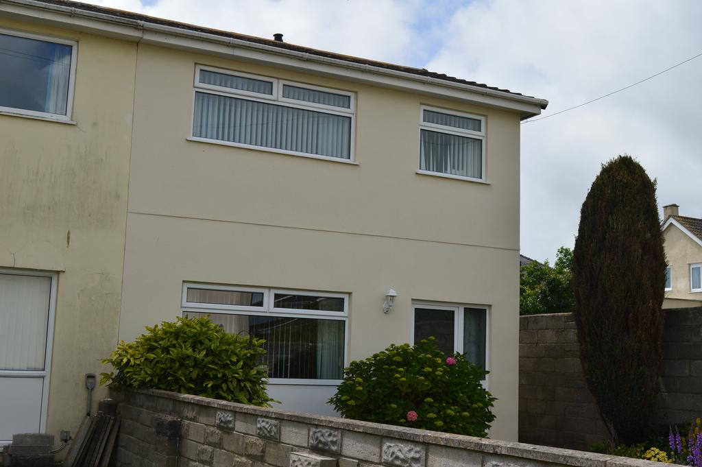 3 Bedrooms Semi Detached House for sale in Picton Court, Llantwit Major CF61
