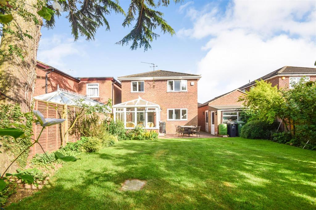 4 Bedrooms Detached House for sale in Constantine Road, Witham