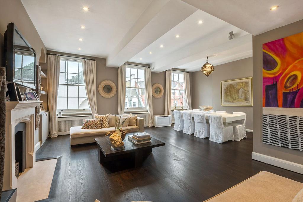 3 Bedrooms Penthouse Flat for sale in Pont Street, Knightsbridge, London, SW1X