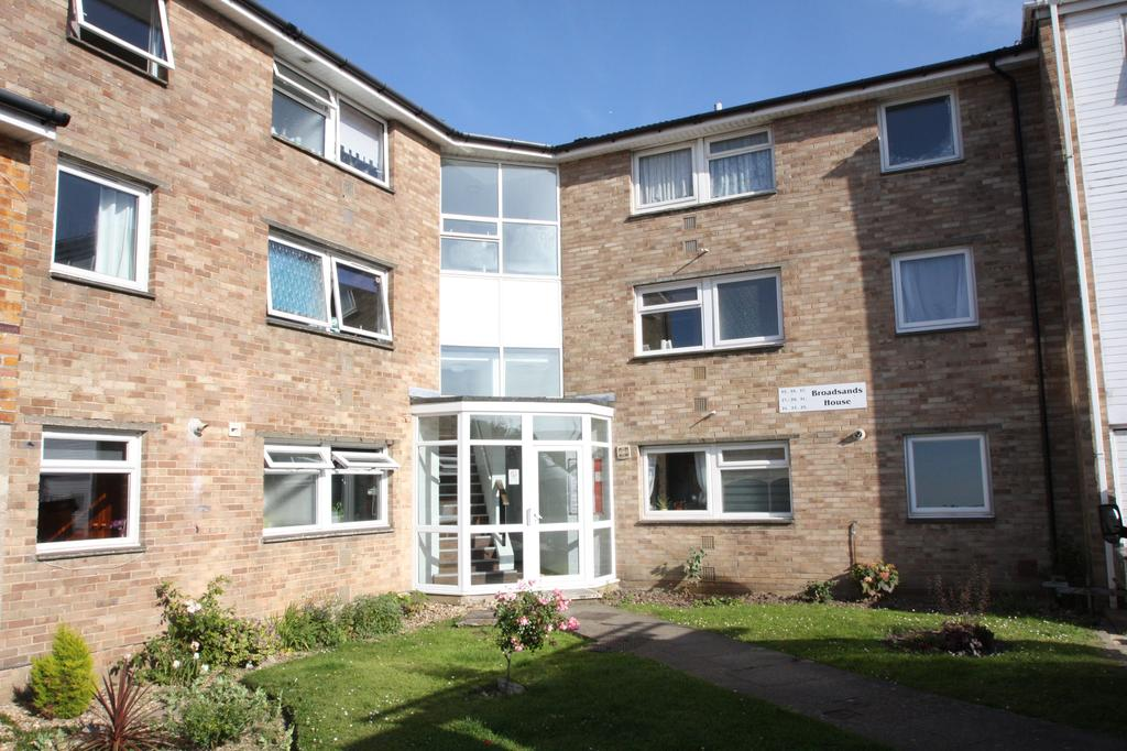 1 Bedroom Apartment Flat for sale in Broadsands House, Broadsands Drive, Alverstoke, Gosport PO12