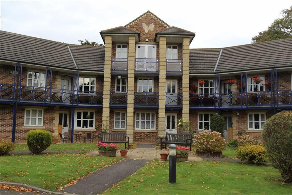 3 Bedrooms Retirement Property for sale in Avenue Court, Bridlington, East Yorkshire, YO16