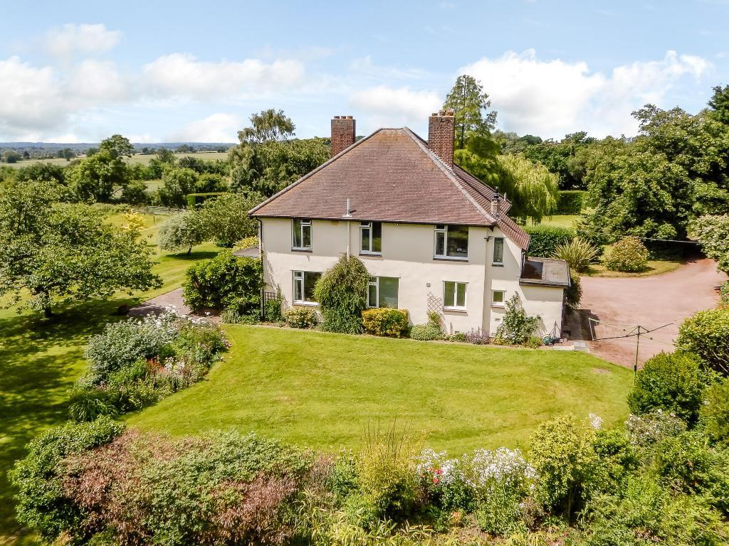 4 Bedrooms Detached House for sale in Mowden Hall Lane, Hatfield Peverel, Chelmsford, CM3