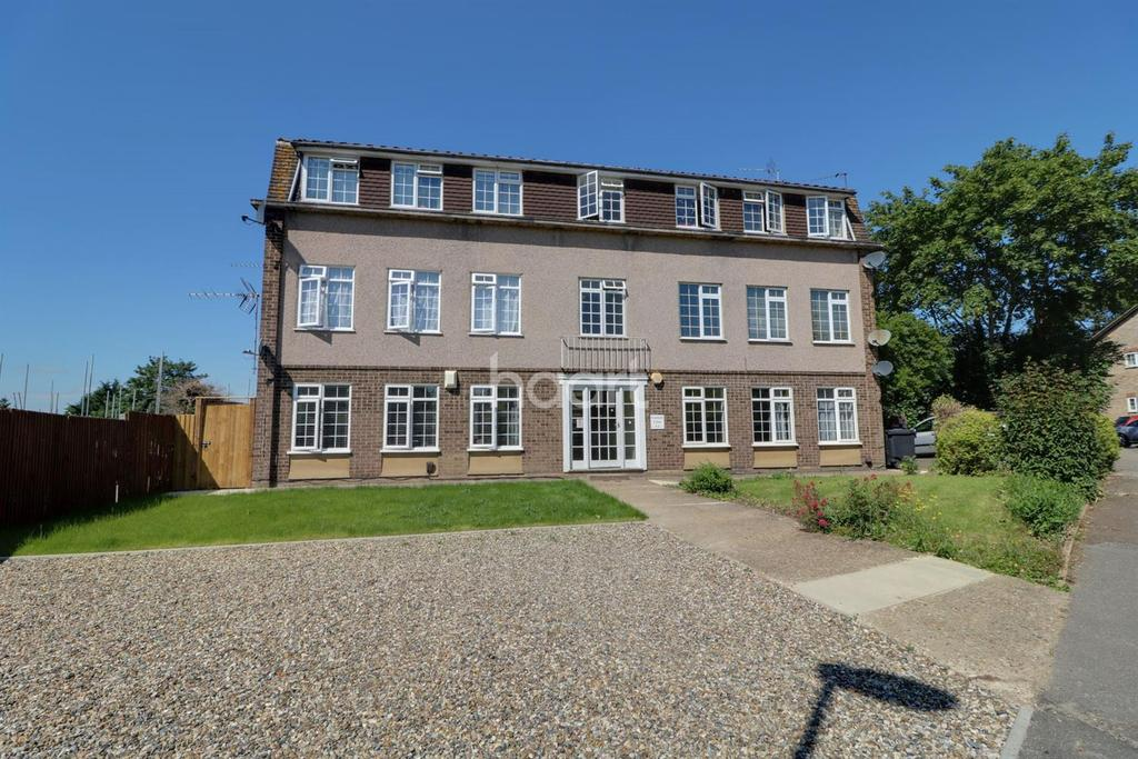 2 Bedrooms Flat for sale in Canford Close, The Ridgeway, Enfield