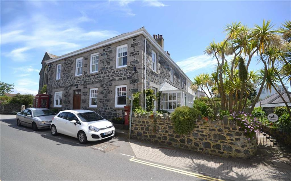 4 Bedrooms Semi Detached House for sale in Churchtown, Mullion, Helston, Cornwall, TR12