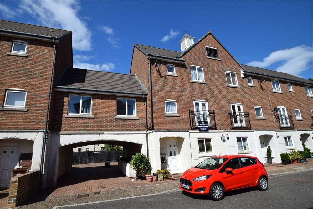 4 Bedrooms Town House for sale in Leeward Quay, South Harbour, East Sussex