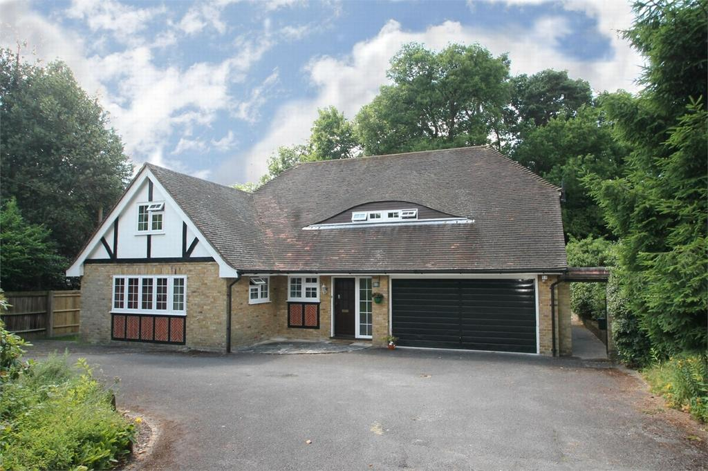 5 Bedrooms Detached House for sale in Camberley, Surrey