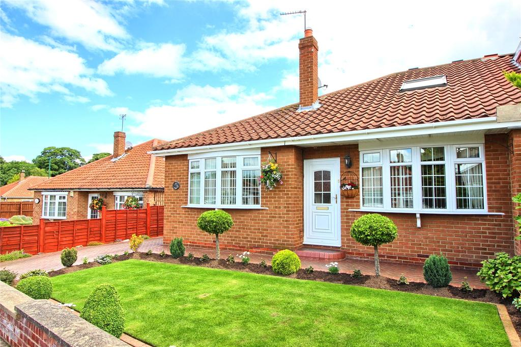 4 Bedrooms Semi Detached Bungalow for sale in Cricket Lane, Normanby
