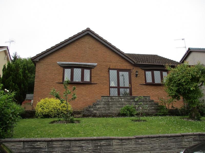 3 Bedrooms Detached Bungalow for sale in Bryn Varteg , Bryn, Port Talbot, Neath Port Talbot.