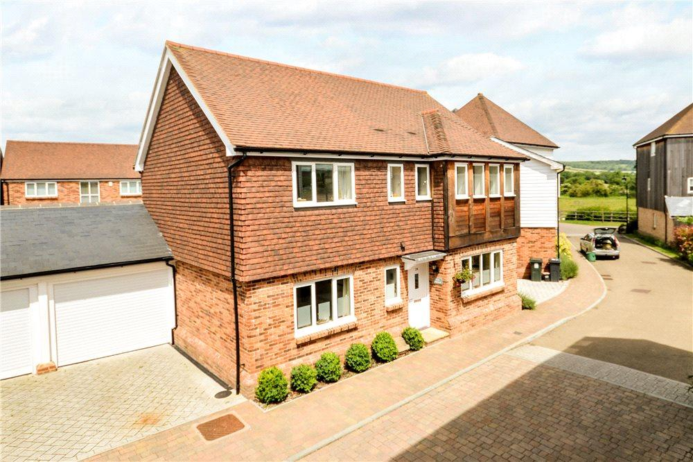 4 Bedrooms Detached House for sale in Havillands Place, Wye, Ashford, Kent