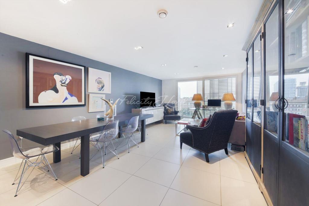 2 Bedrooms Flat for sale in The Spectrum Buildings, N1