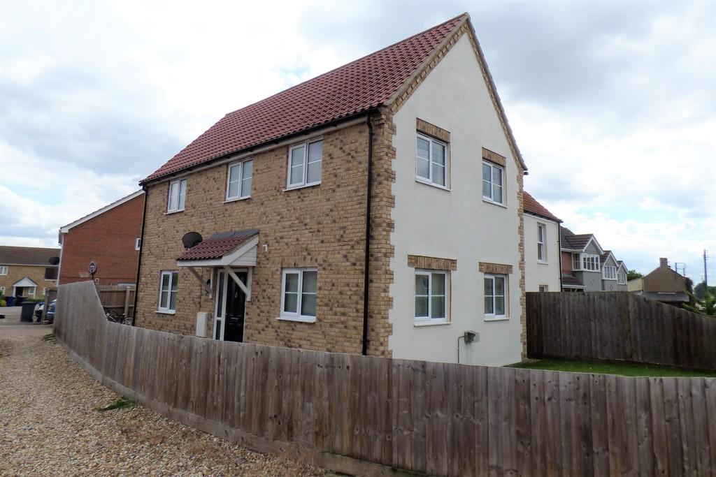 3 Bedrooms Detached House for rent in Mill Road, Lakenheath