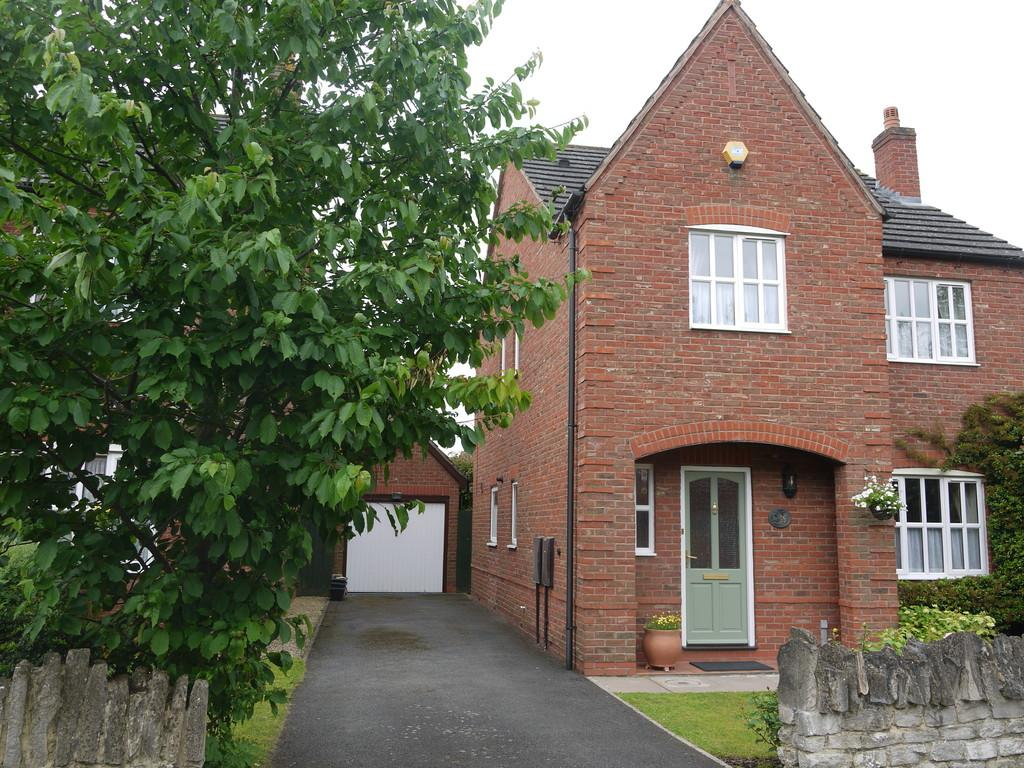 4 Bedrooms Detached House for sale in Hopkins Way, Wellesbourne