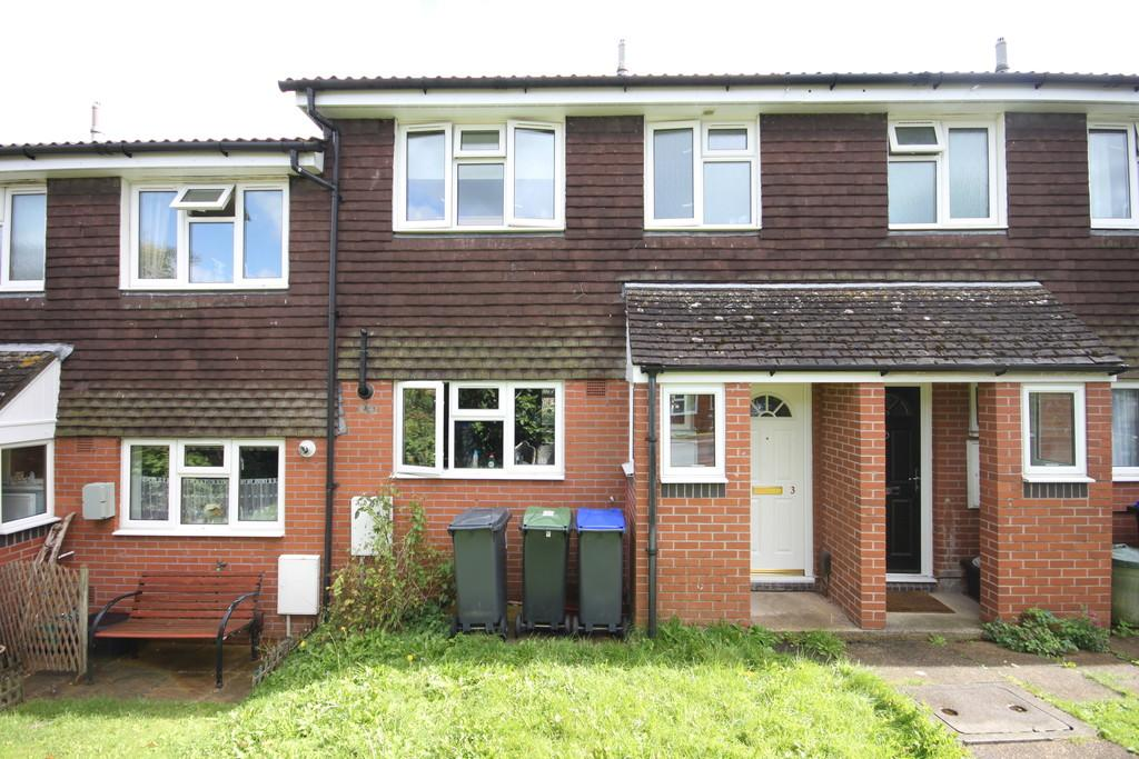 3 Bedrooms Terraced House for sale in DRYDEN CLOSE, SALISBURY, WILTSHIRE, SP2 8BA