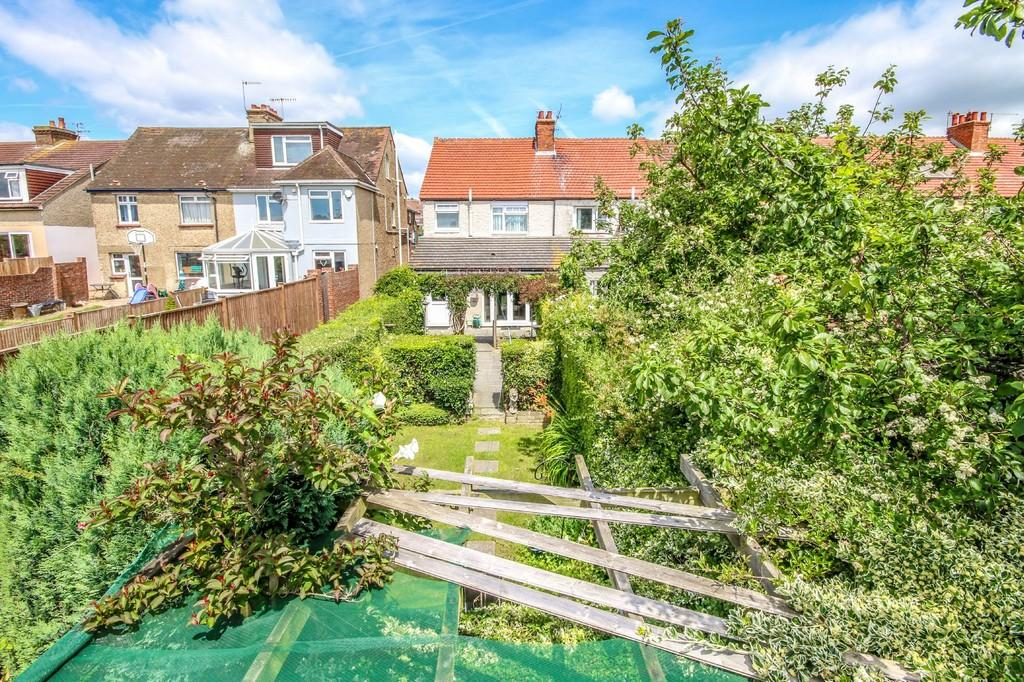 3 Bedrooms End Of Terrace House for sale in Southwick