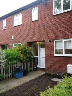 2 bedroom house to rent - Telford Close, London, SE19 3AG
